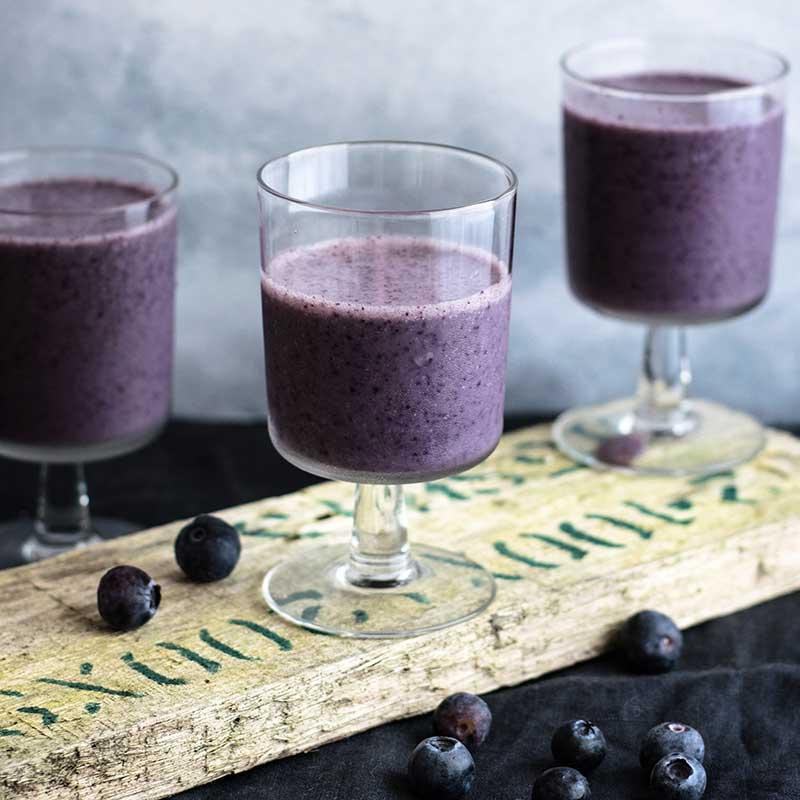 blueberry smoothie1